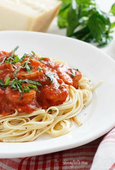 Spice up spaghetti night with this linguini and shrimp fra diavolo!