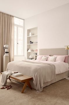 Beautiful pastels in a new palette by H&M Home #design #decor #home #idea #inspiration #room #style #cozy #scandi #scandinavian #pastels #catalogue #pastel #pink #bed #bedroom