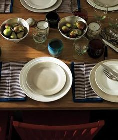 Upgrade Your Thanksgiving Table Settings
