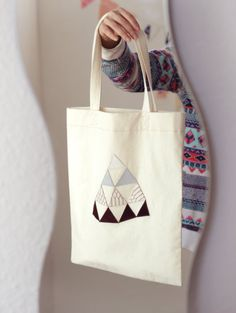 WHITE MOUNT// Canvas tote bag/ Shopping bag with by CosmosBits