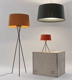 Santa & Cole Tripode G5 Floor Lamp in new 'Raw' colours - £422