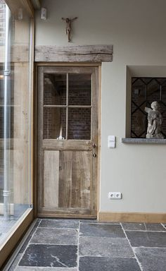 image Project 8 via t Achterhuis Historic Building Materials, The Netherlands - Home Decoz Interior, Home Remodeling, House Interior, Cottage Interiors, Flooring, Patio Flooring, Historic Buildings, Doors, Rustic House