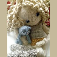 Pixie Moon - new knitted doll pattern
