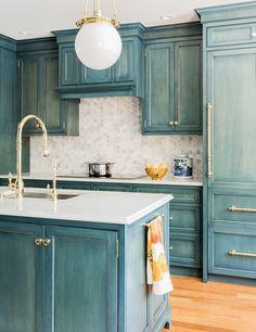 Cámbiale el look a tu cocina con este color.