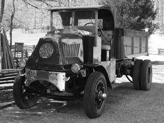 Mack AK Dump Truck '1927–29