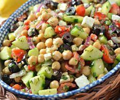 Healthy Salad Recipes, Veggie Recipes, Real Food Recipes, Cooking Recipes, Cucumber Recipes, Summer Salad Recipes, Garbanzo Bean Recipes, Best Summer Salads, Summer Vegetarian Recipes