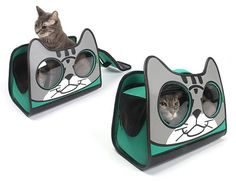 I'm back with another Object of Desire: this adorable cat carrier! - What more to say other than we just LOVE cool stu Crazy Cat Lady, Crazy Cats, Cat Wallet, Kitten Care, Cat Care Tips, Cat Carrier, Cat Room, Cat Crafts, Cat Furniture