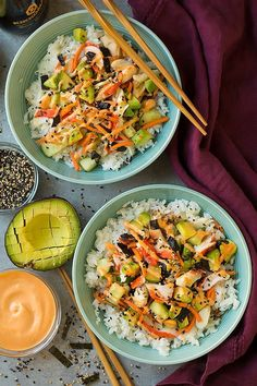 These California Roll Sushi Bowls are seriously tasty! An easy homemade treat for summer lunches. These California Roll Sushi Bowls are seriously tasty! An easy homemade treat for summer lunches. Sushi Recipes, Seafood Recipes, Asian Recipes, Vegetarian Recipes, Cooking Recipes, Healthy Recipes, Cooking Sushi, Sushi Chef, Cooking Rice