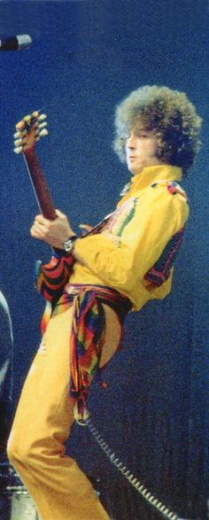 Guitar Guy, Guitar Room, Cream Eric Clapton, Ginger Baker, Tears In Heaven, The Yardbirds, Best Guitar Players, Music Pics, Rock Posters