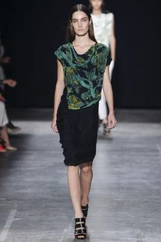 Narciso Rodriguez Spring 2013 Ready-to-Wear Fashion Show: Complete Collection - Style.com