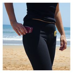 Women's pickpocket proof leggings! Great for traveling and staying comfy and safe whilst on the move
