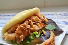 Pan Bao receta de Joan Roca Bao, Salmon Burgers, Pizza, Chicken, Ethnic Recipes, Asian Cuisine, Kitchens, Bread Recipes, Snacks