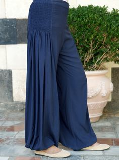 La Playa Smocked Pants Latest Collection of Arabian Clothes for Women, Buy Top Styles of Arabian Clothes Online Moda Fashion, Fashion Pants, Hijab Fashion, Fashion Dresses, Maxi Dresses, Fashion Clothes, Designer Kurtis, Designer Dresses, Salwar Designs