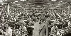 #Factory girls & her Boss...Paternalism & Self-Centredness of the 1920's !