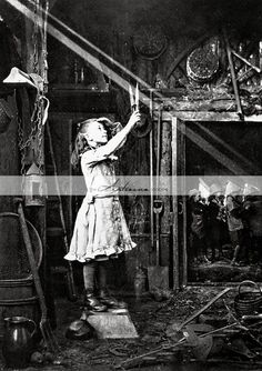 Cutting a Sunbeam 1886 by Adam Diston - Printable Image - Paper Crafts Scrapbook Altered Art - Antique Fine Art Photography Vintage Pictures, Old Pictures, Vintage Images, Old Photos, Stock Pictures, Portraits Victoriens, Foto Poster, Image Paper, Photo Vintage