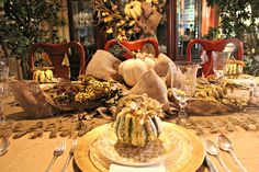 Ideas for Thanksgiving Decoration - http://www.lesimonrealestate.com/ideas-for-thanksgiving-decoration/