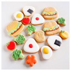 * お弁当アイシングクッキー🍔🍙💕 #sugarcookies #royalicing #instacookies #icedcookies #customcookies #decoratedcookies #royalicing #ペンネンネネム  #アイシングクッキー#クッキー#プチギフト *