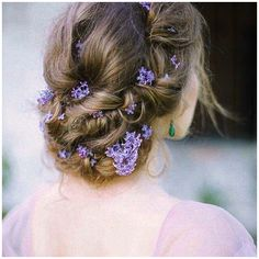 11 Effortlessly Romantic Wedding Hairstyles: For a romantic up-do, try creating a loosely braided chignon and adding a few lilac blooms. Photo by Elena Eliseeva; Hair by Svetlana Fischeva Braided Chignon, Twisted Updo, Low Updo, Romantic Wedding Hair, Wedding Updo, Wedding Flowers, Wedding Beauty, Romantic Weddings, Green Wedding