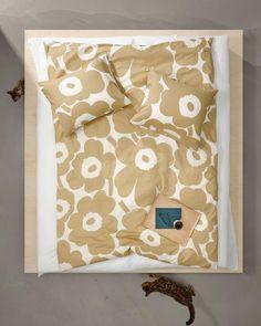 Marimekko, Motif Floral, Floral Fabric, Home Textile, Textile Design, Finnish Words, Double Duvet Covers, Home Collections, Decoration