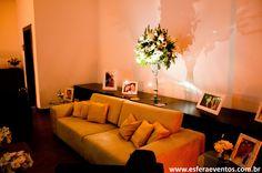 Lounge personalizado com as fotos do casal