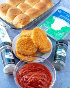 Chicken Parmesan Sliders recipe from Family Fresh Meals Easy Crockpot Chicken, Yummy Chicken Recipes, How To Cook Chicken, Easy Recipes, Family Fresh Meals, Easy Family Meals, Quick Easy Meals, Chicken Parmesan Sliders Recipe, Parmesan Soup