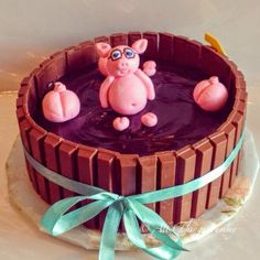 Cartoon Cakes - Piggy Cake | Chocolate Kitkat Cake with Muddy Pigs and Fondant Art | All Things Yummy #allthingsyummy #pig #kitkat #cartoon #cakes