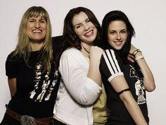 Catherine Hardwicke, Stephenie Meyer & Kristen Stewart - Photo Portraits From Comic-Con 2008