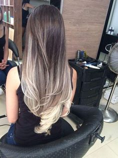 Hair Blonde Balayage Degrade 38 New Ideas Bilage Hair, Hair Dos, Brown Blonde Hair, Dark Hair, Cabelo Ombre Hair, Hair Shades, Blonde Balayage, Bayalage, Beautiful Long Hair