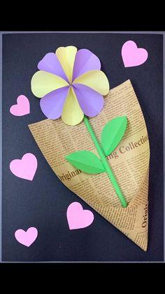 Hand Crafts For Kids, Easy Mother's Day Crafts, Mothers Day Crafts, Art For Kids, Creative Crafts, Paper Flower Decor, Flower Crafts, St Patricks Day Crafts For Kids, How To Make Paper Flowers