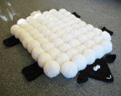 diy-alfombra-oveja-pompones.jpg 630×502 pixeles