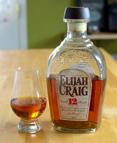 Elijah Craig 12 Year old bourbon review, tasting notes, mash bill, and Heaven Hill distillery information