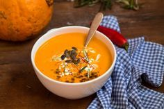 The holidays are over, so if you're looking to un-do the overindulgence and get healthy, check out these 10 soup recipes. Soup Recipes, Vegetarian Recipes, Healthy Recipes, Food Counter, Asian Soup, India Food, Healthy Pumpkin, Pumpkin Soup, Soups And Stews