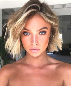 Hair bob short, pink eyeliner and more: the most tanned inspirations of the month - Short Bob Hair Styles Rosa Eyeliner, Pink Eyeliner, Medium Thin Hair, Medium Hair Styles, Short Hair Styles, Hair Cute, Summer Haircuts, Corte Y Color, Hair Color For Women