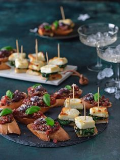Halloumi, Garam Masala, Naan, Finger Foods, Party, Finger Food, Receptions, Direct Sales Party, Snacks