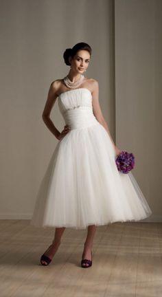 it's so beautiful short wedding dresses ,i love it
