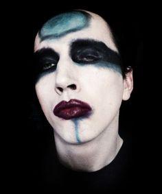 Robert Bang aka M15TER B.A.N.G. * Alternative Model - Doppelganger - Artist * Specialty: Marilyn Manson look alike.
