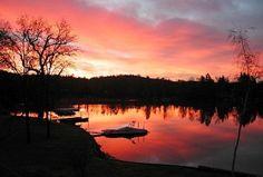 A lakefront retreat in Auburn, California