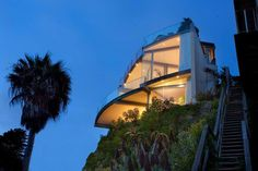 World most Beautiful Beach Home | sawpedia.  Click on picture to see inside this beautiful home.