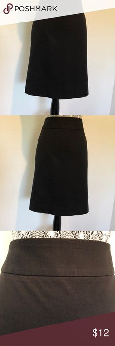 Black pencil skirt Simple unlined poplin fabric black pencil skirt.  This skirt hits at the knee, the back detail includes two slit pockets.  Great basic addition to my wardrobe. Banana Republic Skirts Midi