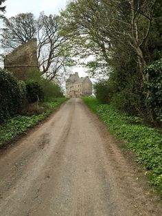 The beautiful road to Lallybroch | Outlander S1bE12 'Lallybroch' on Starz | Costume Designer TERRY DRESBACH www.terrydresbach.com