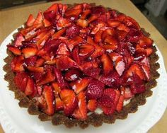 Gateau de Fraises - recipe at link