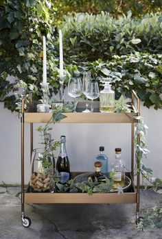 Homeware Guide: Al Fresco Style - Visi Holiday Weather, Moroccan Style, Organic Shapes, Inspirational Gifts, Soft Furnishings, Fresco, Accent Decor, Tea Lights, Table Settings