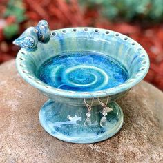 Mini birdbath jewelry holder #forsale. : : #pottery #handmade #potteryvideos #potteryvideo #lovenature #nature #wheelthrownpottery #pottery #handmadepottery #ceramica #ceramics #pottersofinstagram #anasclayhouse #potterylove #potterylover #contemporaryceramics #contemporaryart #thrownandaltered #birdlover #artebrasileira #lagunaglaze #jewelry #jewelrylover #jewelryholder #earringholder #bluebirds