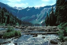 Picture of Avalanche Lake in Glacier National Park