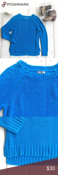 """🆕LISTING {Vince Camuto} Knit Pullover Gorgeous bright blue knit pullover sweater, with slight hi-low hem. Rib knit at neck, cuffs and hem. Super comfy, perfect for the cold days of fall and winter! 24"""" long to front hem, 26"""" long to back hem. 68% cotton, 32% nylon. Hand wash. In excellent condition. Vince Sweaters Crew & Scoop Necks"""
