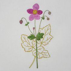 Anemone   #프랑스자수 #자수 #자수타그램 #꽃자수 #꽃 #가리개 #가리개커튼 #아오키카즈코 #정원꽃자수 #embroidery #sewing #handmade #needlework #flower #curtain