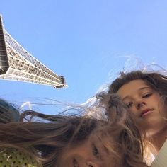oh the struggle of the eiffel tower us photo :/ by rosiexmcelroy Eiffel_Tower #France