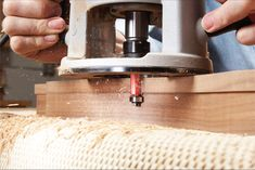 17 of Our Favorite Router Tips   Popular Woodworking Magazine Essential Woodworking Tools, Best Woodworking Tools, Router Woodworking, Woodworking Magazine, Woodworking Workshop, Popular Woodworking, Woodworking Techniques, Woodworking Crafts, Woodworking Videos