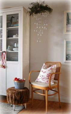 DIY Clear Ornament Hanging Chandelier