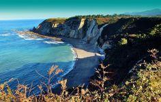 Playa de Quintana / Plumineru #Valdés #playa #beach #Asturias #ParaísoNatural #NaturalParadise #Spain